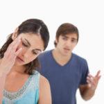 Oración de un hombre pasando por problemas con su mujer
